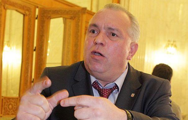 TUPEU DE BARON. Nicusor Constantinescu ataca Justitia din Romania si se roaga de procurorul general al Americii sa respinga cererile de arestare emise pe numele sau