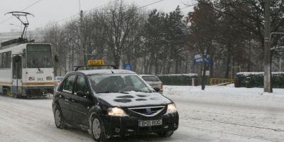 Scoala de soferi 2015: Ce trebuie sa faceti si cat costa obtinerea permisului de conducere
