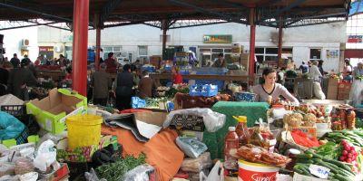 Atestatul de producator agricol si carnetul de comercializare in piete, obligatorii doar pe hartie de la 1 mai