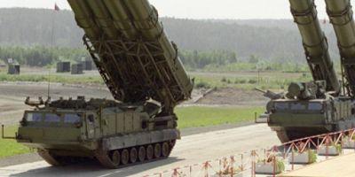 Rusia modernizeaza rachetele S-300 pe care le va vinde Iranului