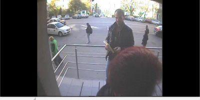 DIICOT si Politia Cluj va cer ajutorul: daca i-ati vazut pe cei doi barbati din imagini sunati la 112!