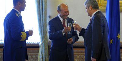 Basescu si Oprea se reevalueaza reciproc. Este posibila o alianta UNPR-PMP? Cum comenteaza analistii
