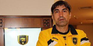 Victor Piturca n-a avut noroc de Revelion. Echipa fostului selectioner a pierdut duelul din semifinalele Cupei Printului
