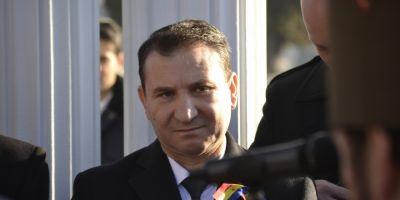 Romeo Stavarachea fost luat cu salvarea de la Tribunal. Primarul de Bacau, crizat de posibilitatea arestarii preventive