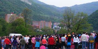 Mii de yoghini se vor reuni la Herculane, pentru tabara MISA