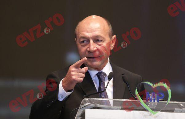 Traian Basescu considera decizia CCR ca fiind