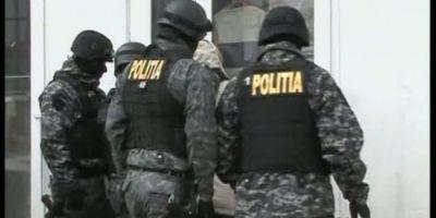 Procurorii DNA Oradea au descins la Politie Beius. Conducerea institutiei, acuzata de fapte de coruptie