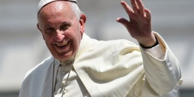 Papa Francisc ajunge pe taram polonez intr-o ambianta sumbra
