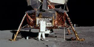 Unul dintre oamenii ajunsi pe Luna crede ca Vatican ascunde informatii despre extraterestri