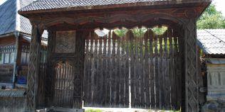Ce semnifica portile maramuresene. Motivul pentru care lemnul este taiat doar pe luna plina