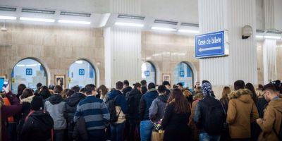 Vesti bune: tinerii se mobilizeaza la urne. Gara de Nord, luata cu asalt de studentii care pleaca acasa sa voteze