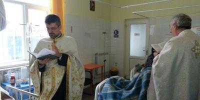 Sute de preoti de la Arhiepiscopia Romanului si Bacaului vin in ajutorul bolnavilor de cancer si a persoanelor cu dizabilitati intr-un proiect fara precedent