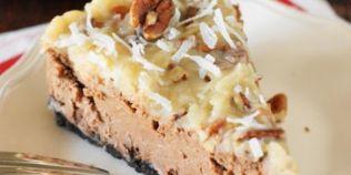 Cheesecake cu cacao la cuptor cu fulgi de cocos