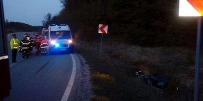 Caras-Severin: O ambulanta s-a ciocnit cu un autoturism, cei doi soferi si-au pierdut viata