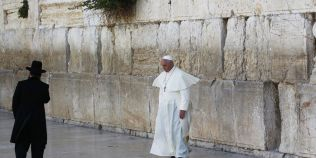 Papa Francisc: Respectati statutul Ierusalimului!