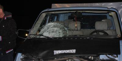 Adolescentul care a furat camioneta parintilor si a omorat o tanara ar fi fost batut de localnici. Acesta nu-si aminteste ce s-a intamplat
