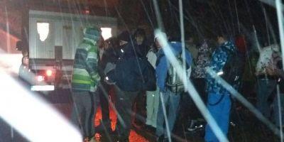 Drumarii au salvat 52 de elevi care au ramas in drum dupa ce autocarul s-a defectat