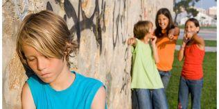 Motivele care stau in spatele fenomenului de bullying. Ar trebui sa stii ce face copilul tau si cum il poti ajuta
