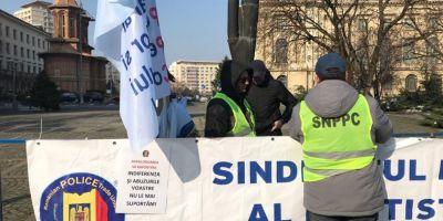 Politistii picheteaza miercuri sediul Ministerului de Interne